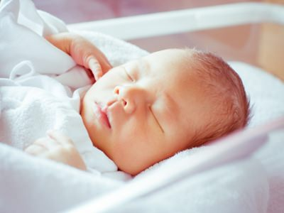 乳児湿疹は保湿剤で3割も減少する!?国の研究機関が発表!!