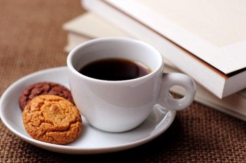 コーヒーの飲み過ぎで病気!?特に女性は〇〇に!!