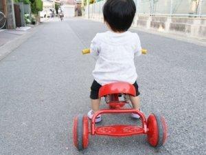 三輪車はいつから?年齢ごとのおすすめと私が買ったのはコレっ!!