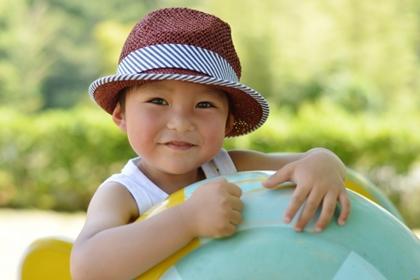 子供の帽子のサイズを年齢別一覧で!測り方やコツも!