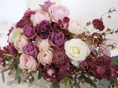 紫色のカーネーションの花言葉