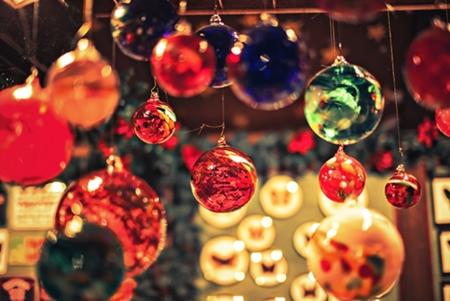 クリスマスツリーの飾りの意味は!?定番飾りそれぞれを詳しく!!