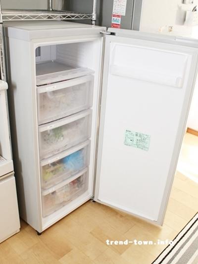 小型冷凍庫2